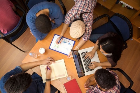 Interaction and Collaboration for Modern Learning